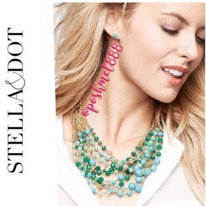 :: Stella & Dot Maldives Statement Necklace